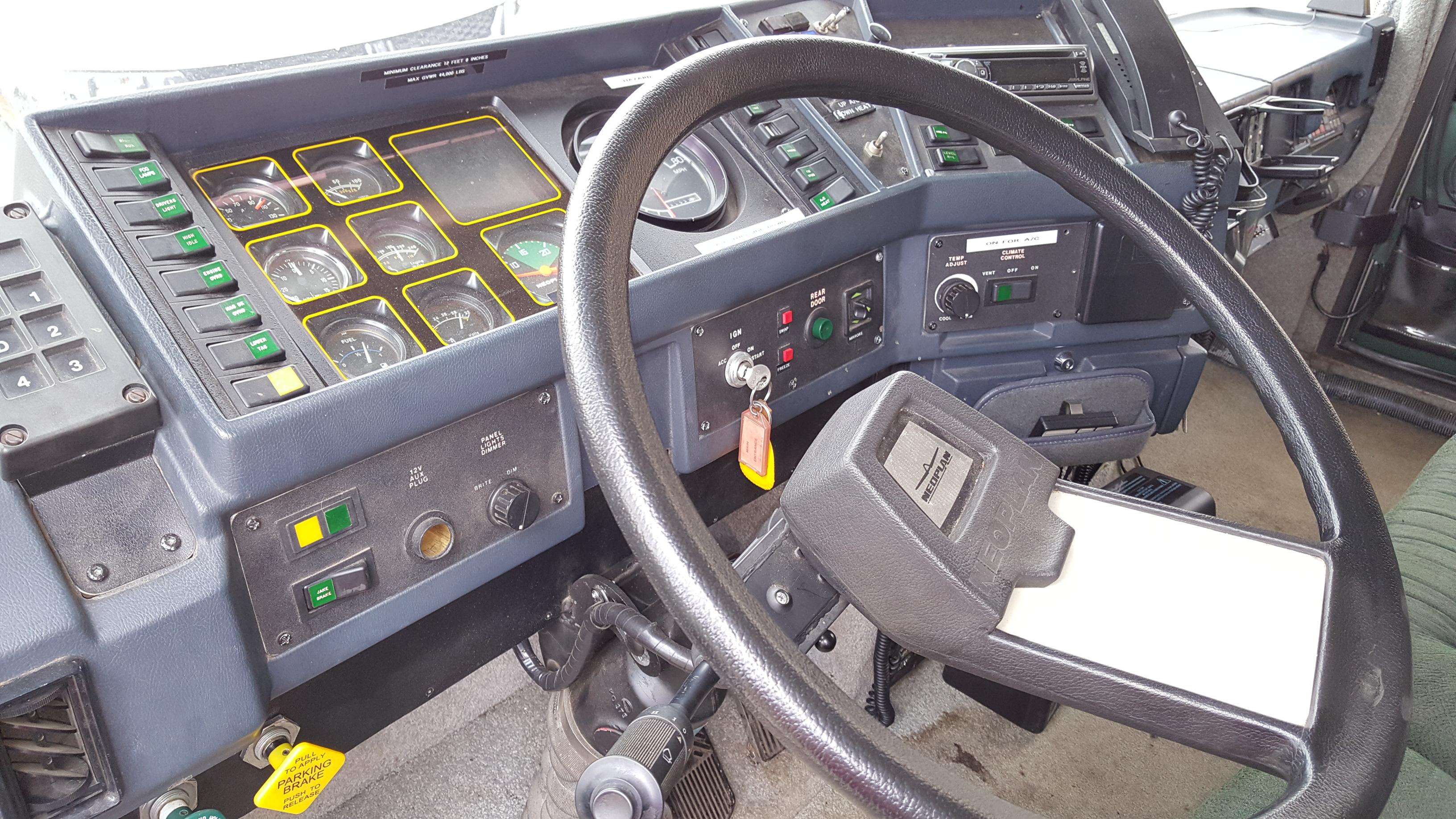 1993 Neoplan Spaceliner
